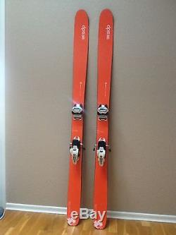 DPS Wailer 99 Hybrid Ski's (176cm) + Marker Griffon ID 13 Binding